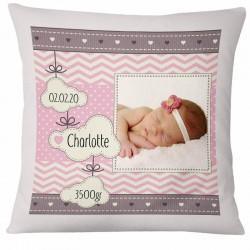 coussin personnalisé pour la naissance du bébé